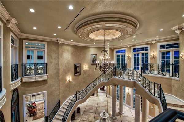 Luxury properties distinctive grand estate