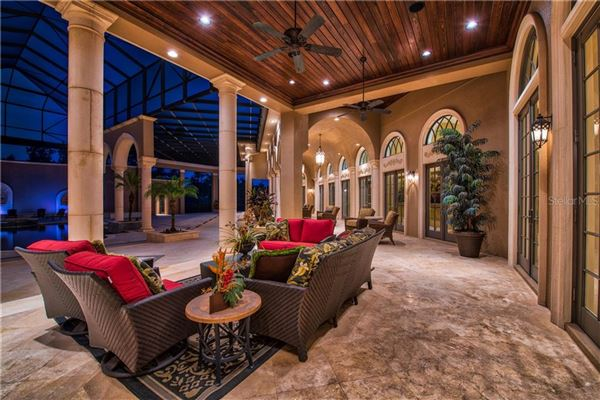 Luxury homes in distinctive grand estate