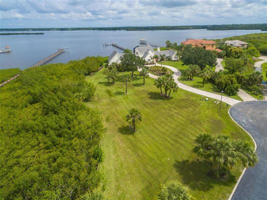 majestic waterfront estate luxury properties