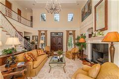 Luxury homes A hidden paradise on prized Siesta Key