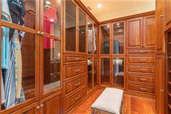 Luxury real estate A hidden paradise on prized Siesta Key