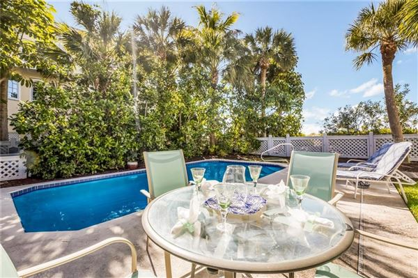 Luxury real estate Exceptional beach offering