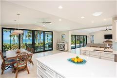 Luxury properties Sea Glass Bluff