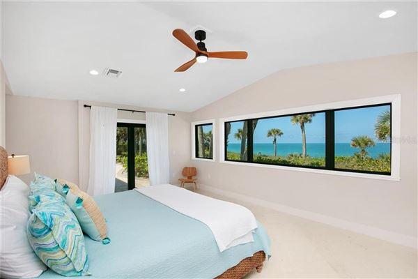Sea Glass Bluff mansions