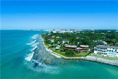 landmark gulf-front property luxury properties