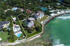 landmark gulf-front property mansions