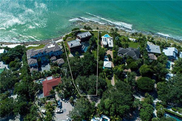 Luxury properties landmark gulf-front property