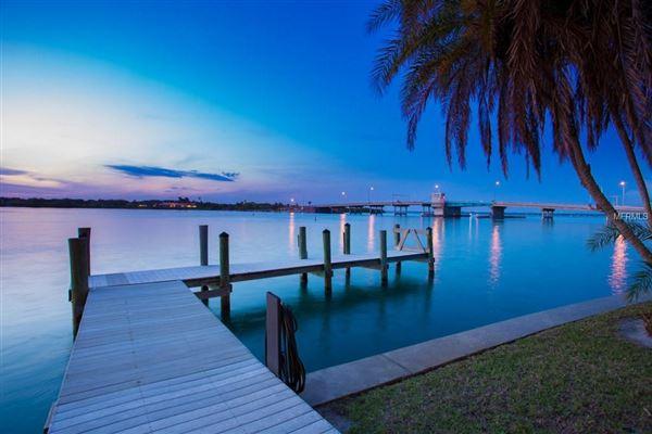 Luxury homes stunning waterfront location