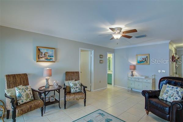 Luxury homes waterfront on anna maria island