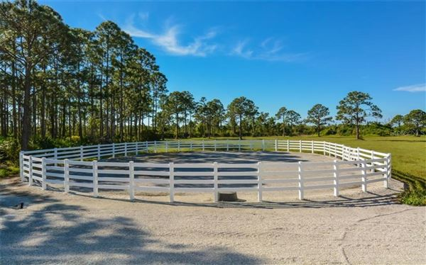 14 acre property with custom Horse Stable luxury properties