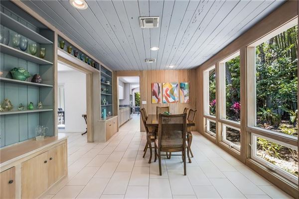 Luxury properties architectural jewel