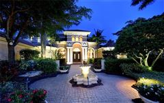 Luxury properties Bestowed with captivating beauty andsupreme privacy