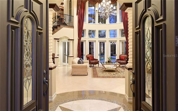 Bestowed with captivating beauty andsupreme privacy luxury homes