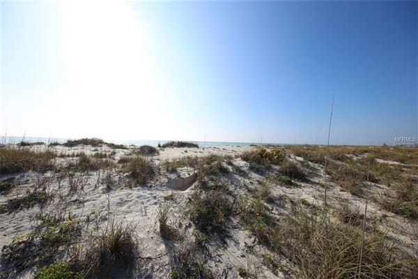 beautiful beach front lot in placida luxury homes