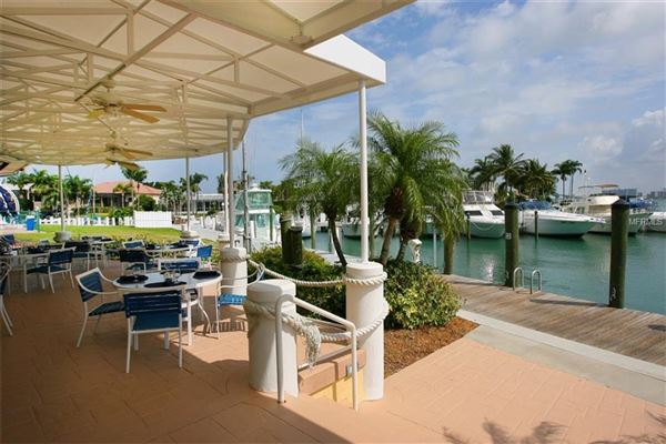 Luxury properties incredibly elegant bayfront estate