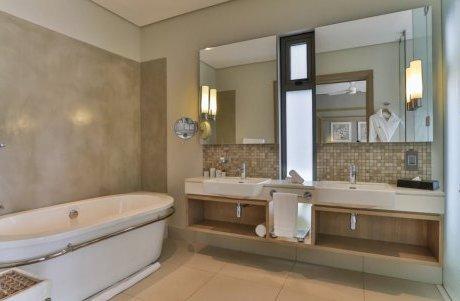 luxurious villa in golf estate of Anahita luxury homes