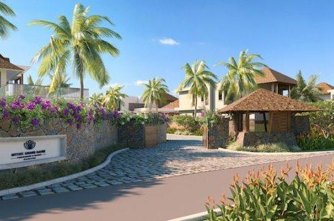 Contemporary Villas in Lush gardens luxury properties