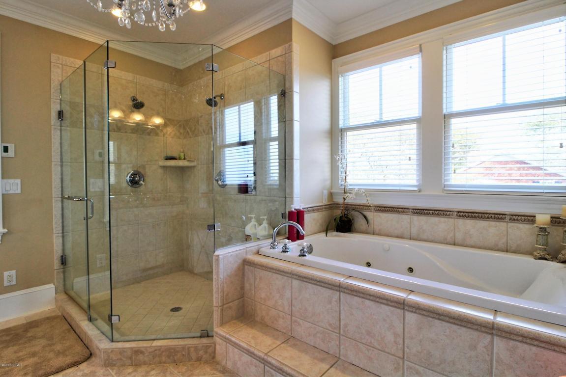 Luxury properties Front Street Beaufort Beauty
