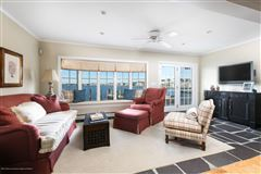 Luxury homes luxurious bayfront home