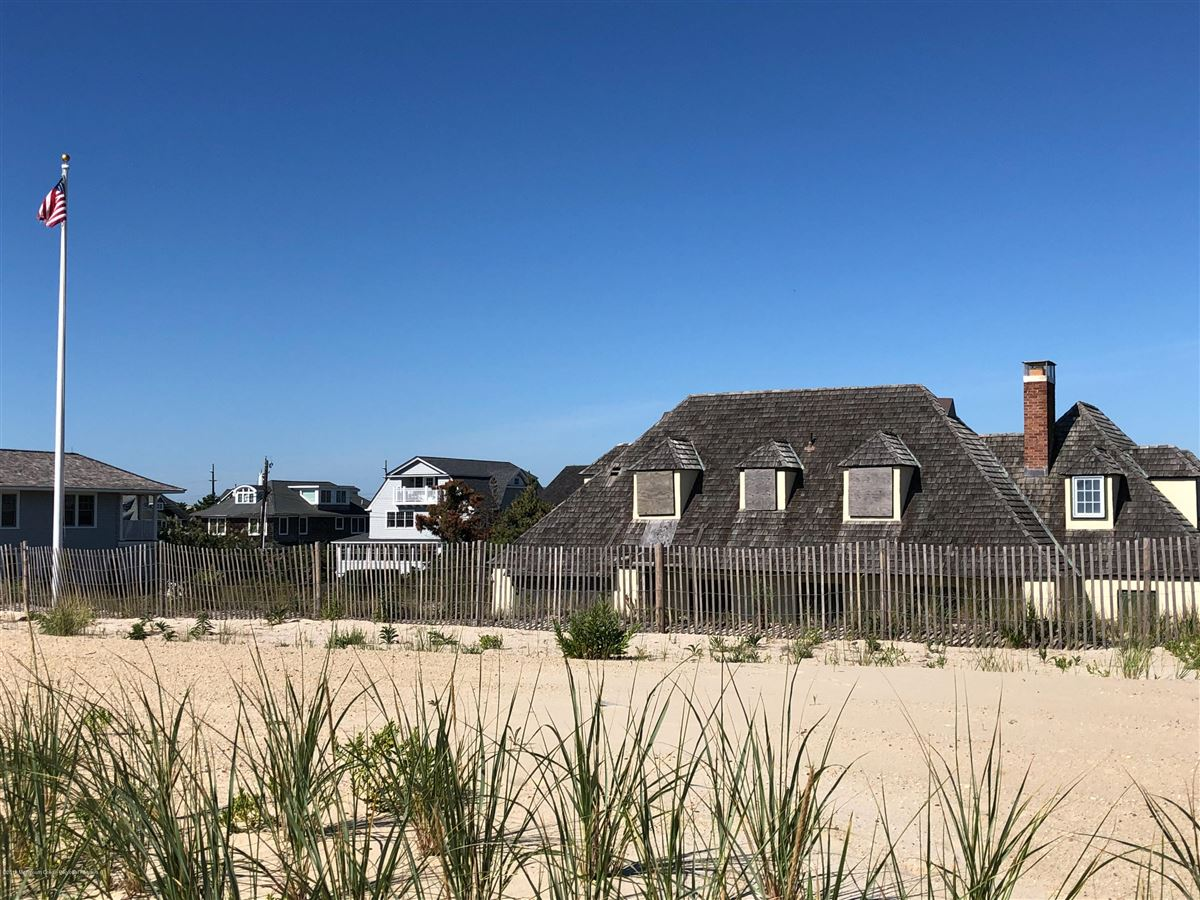 Luxury homes One-of-a-kind Oceanfront opportunity