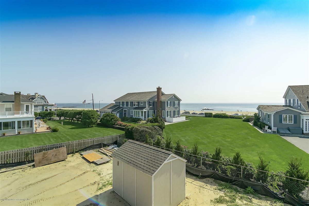 Architectural gem with breathtaking ocean views luxury real estate