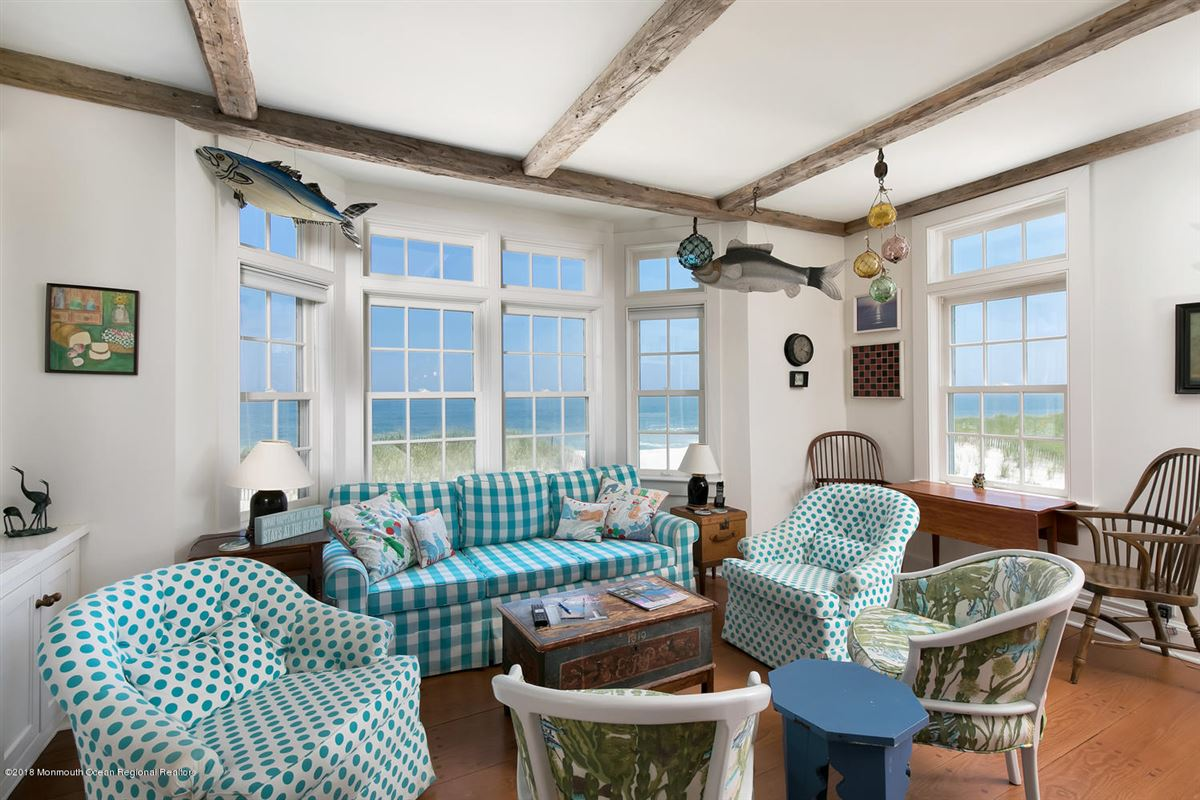 captivating Mantoloking oceanfront retreat luxury real estate