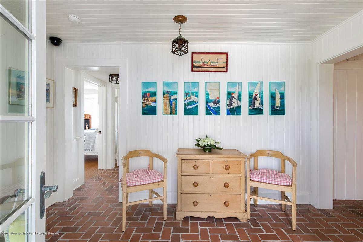 captivating Mantoloking oceanfront retreat mansions