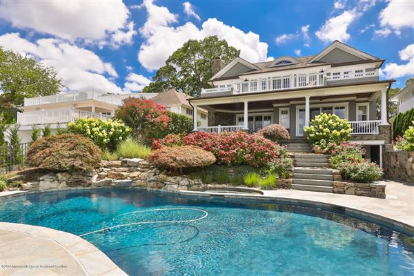 Exquisite riverfront home with spectacular views luxury homes