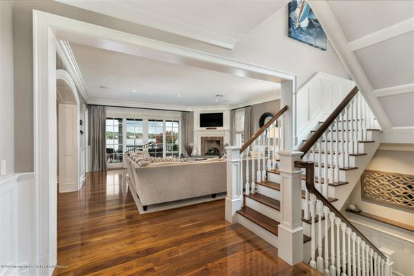 Mansions Exquisite riverfront home with spectacular views