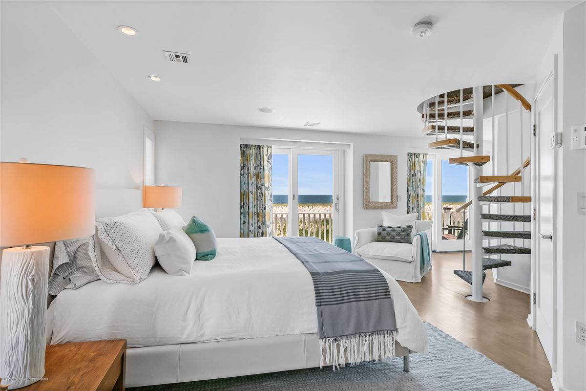 Mansions rare turn-key Bay Head oceanfront haven
