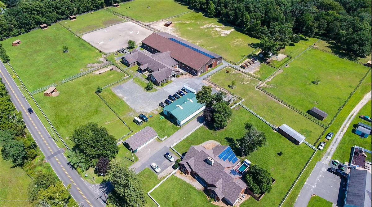 custom home on 27 acre farm luxury properties