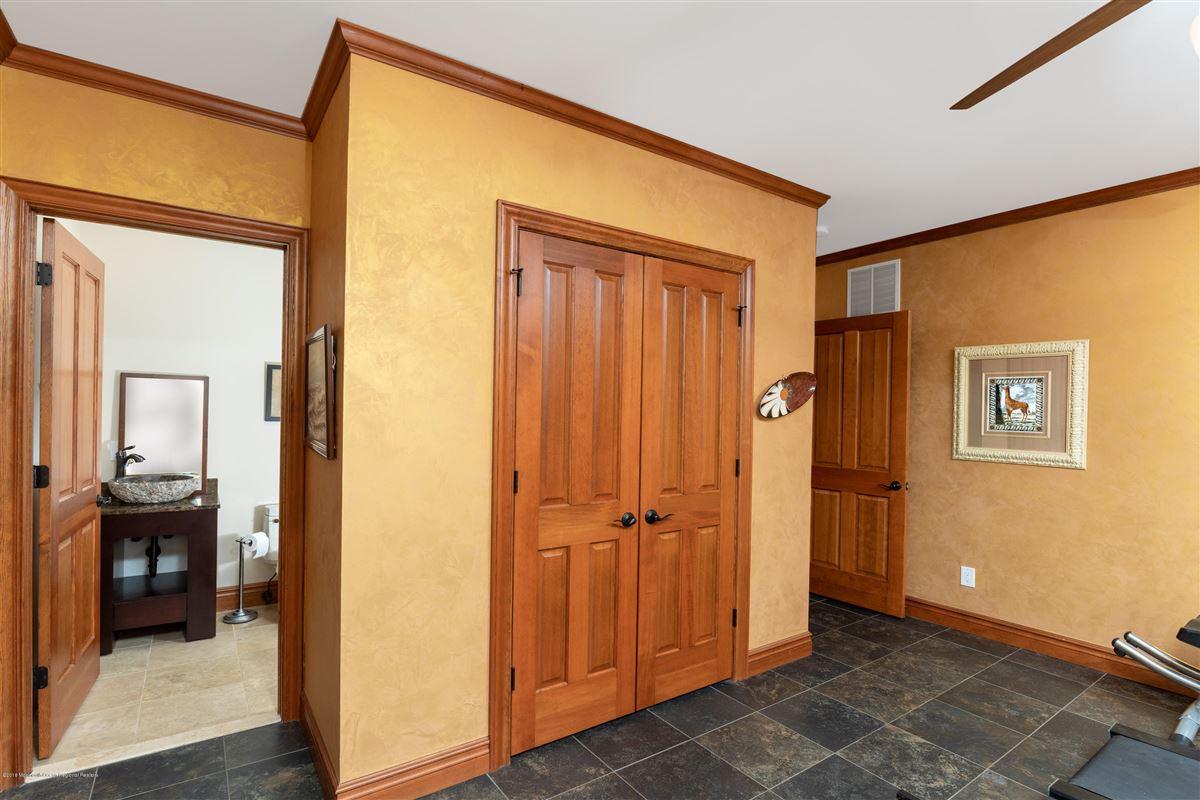 custom home on 27 acre farm luxury homes