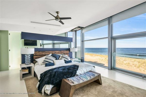 Luxury homes Double Lot Oceanfront home