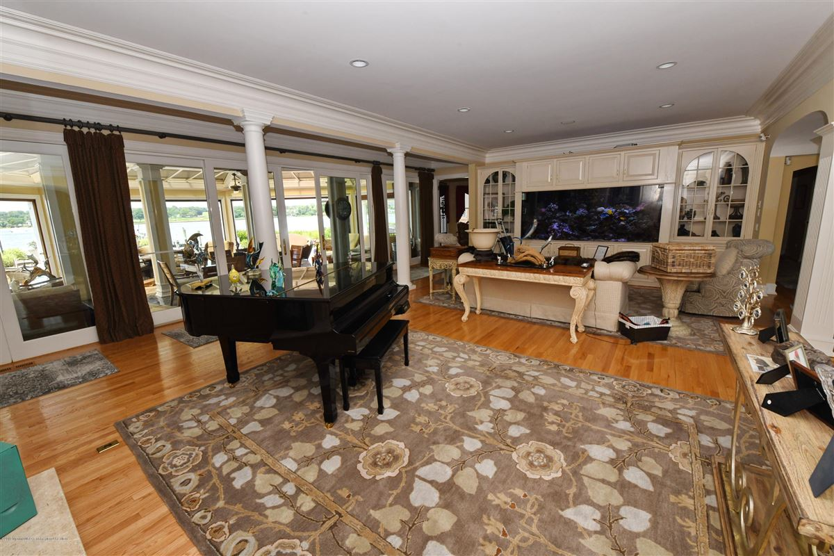 Point Pleasant Beach living at its finest luxury homes