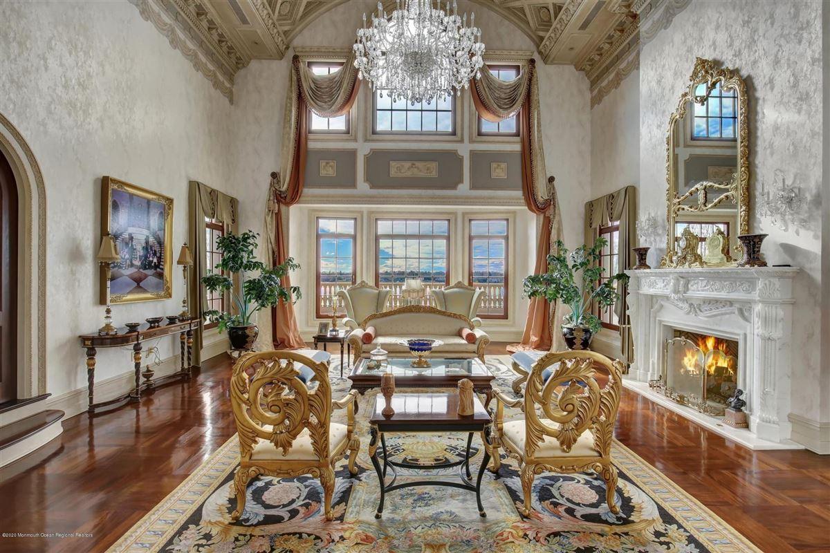 Luxury real estate premier waterfront estate