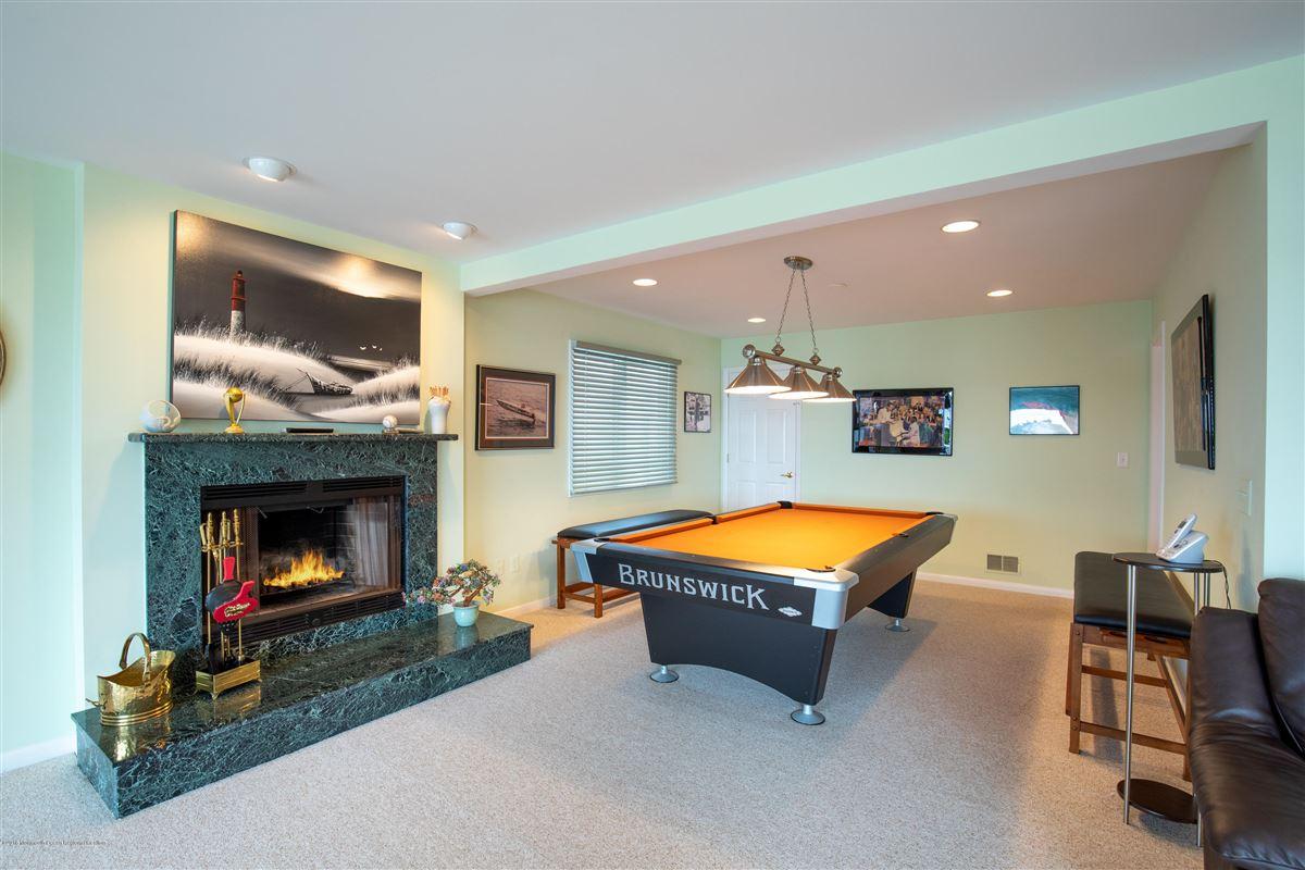 Outstanding Riverfront home in brick luxury properties