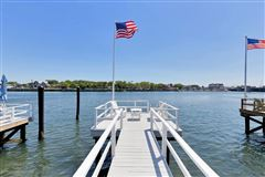 Riverfront Lifestyle - Beachside Living luxury properties