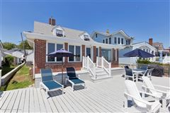 Luxury homes in Riverfront Lifestyle - Beachside Living