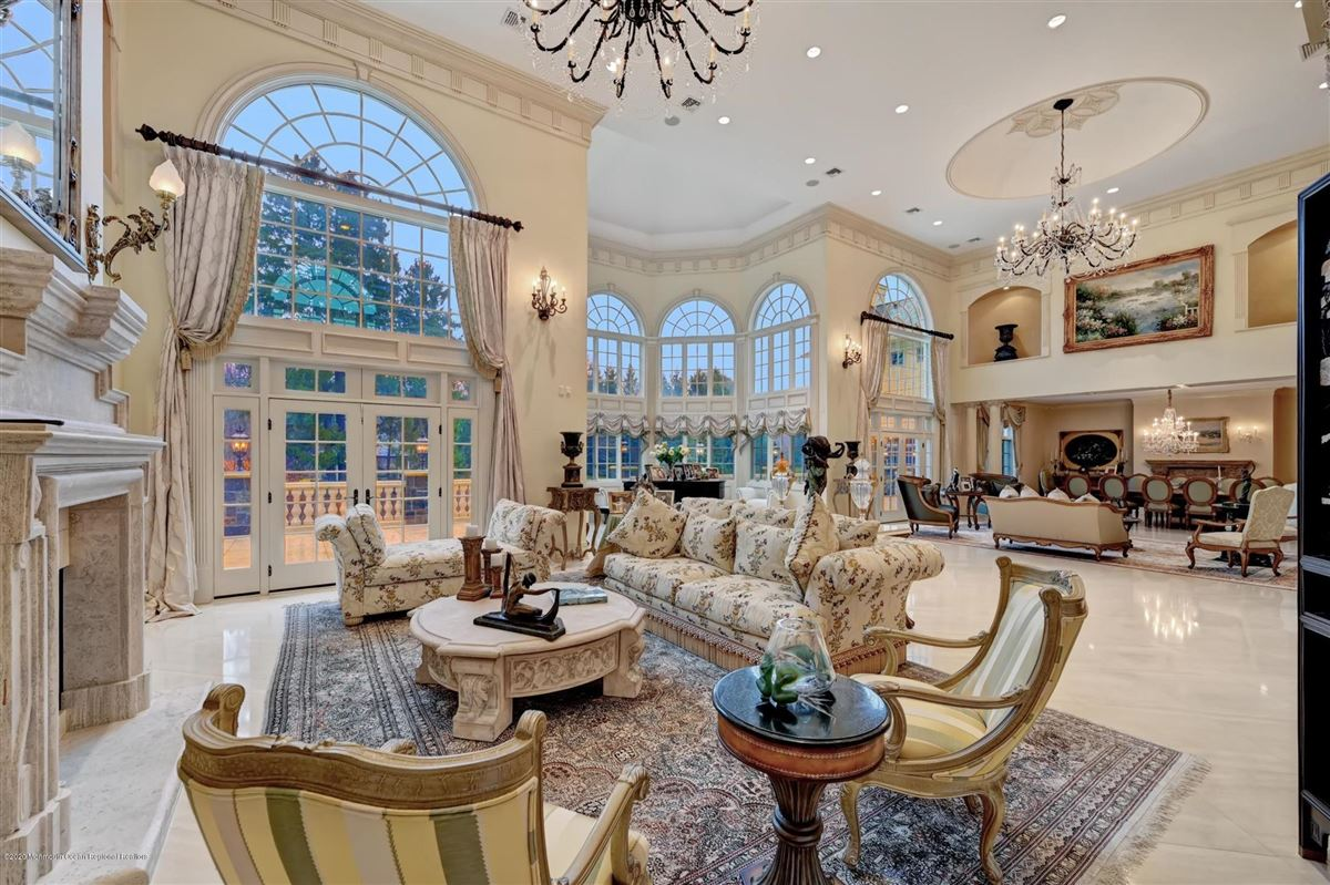unparalleled Rumson Gated Estate luxury homes