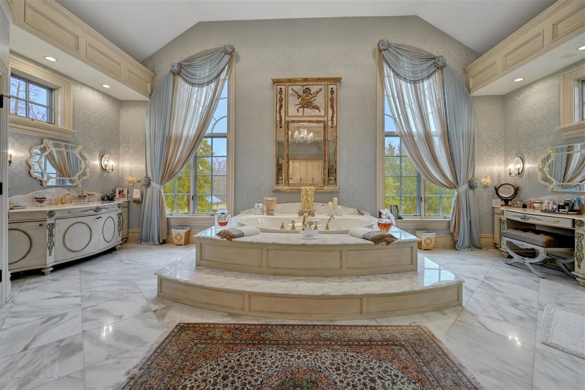 Luxury homes unparalleled Rumson Gated Estate