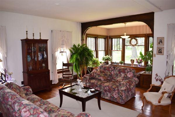 WINDY RIDGE FARM luxury properties