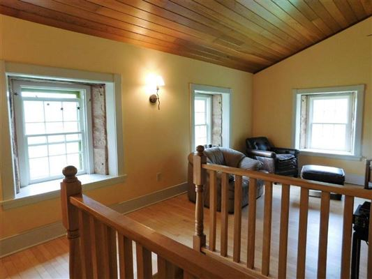 Luxury homes in Lovely Wyoming Valley Century farm