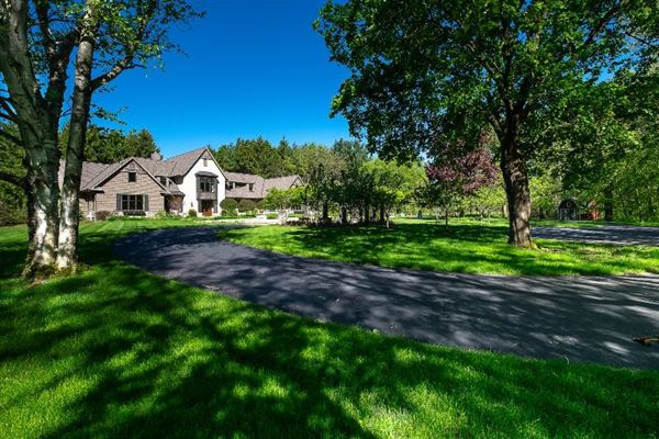 A Spacious home on 50 acres luxury properties