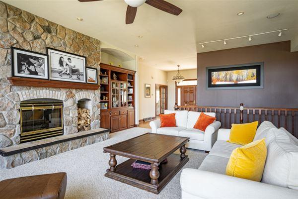 Luxury homes Premier Lake Butte des Morts Home