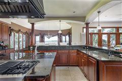 Mansions in Premier Lake Butte des Morts Home