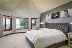 Luxury real estate Premier Lake Butte des Morts Home