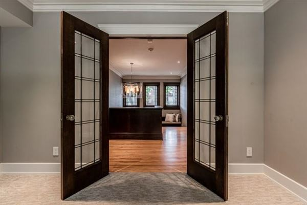 Mansions in lovingly updated la crosse home