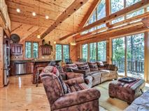 Luxury properties Ideal Minocqua Lake home