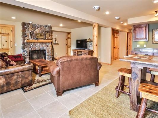 Luxury homes Ideal Minocqua Lake home
