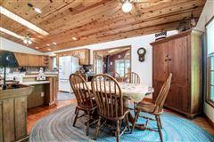 Luxury properties beautiful Farmhouse in Wisconsin